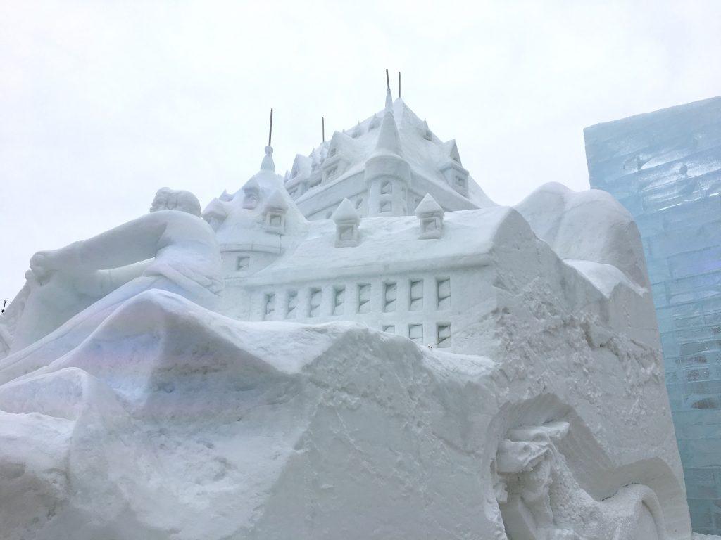 quebec snow sculpture
